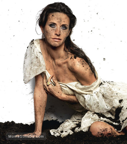 Dirt - Promo shot of Courteney Cox