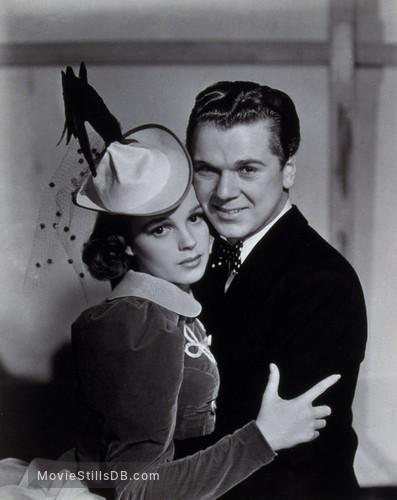 Ziegfeld Girl - Promo shot of Judy Garland & Jackie Cooper