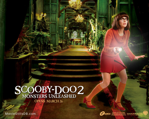 Scooby Doo 2: Monsters Unleashed - Wallpaper with Linda Cardellini