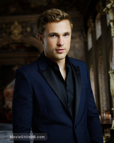 The Royals - Promo shot of William Moseley