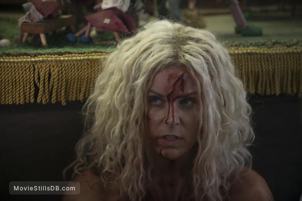 31 - Publicity still of Sheri Moon Zombie