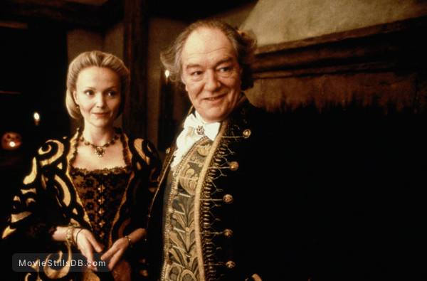 Sleepy Hollow - Publicity still of Miranda Richardson & Michael Gambon