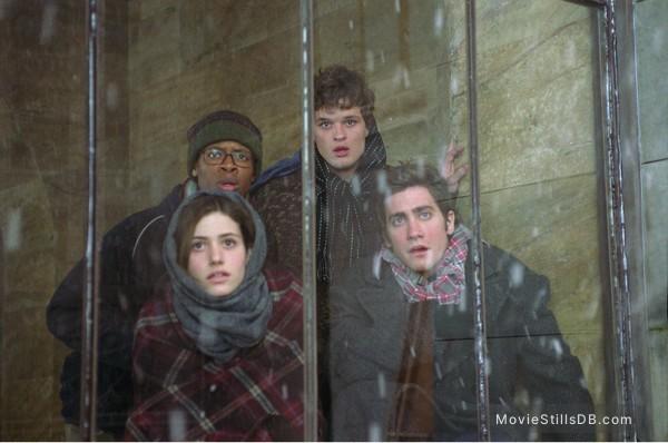 The Day After Tomorrow - Publicity still of Emmy Rossum, Arjay Smith, Austin Nichols & Jake Gyllenhaal