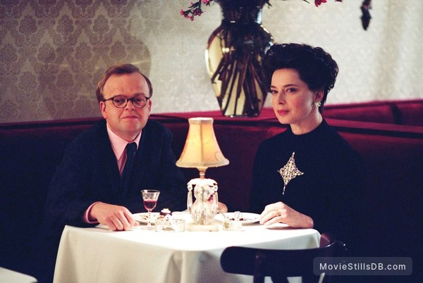 Infamous - Publicity still of Toby Jones & Isabella Rossellini