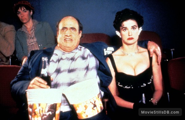 Tales from the Crypt - Publicity still of Demi Moore & Jeffrey Tambor