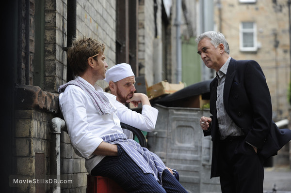 Perfect Sense - Publicity still of Ewan McGregor, Ewen Bremner & Denis Lawson