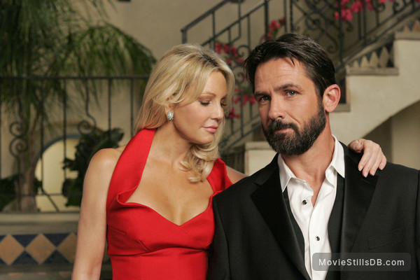 Melrose Place - Promo shot of Heather Locklear & Billy Campbell