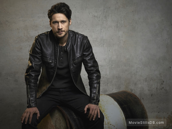 Queen of the South - Promo shot of Peter Gadiot