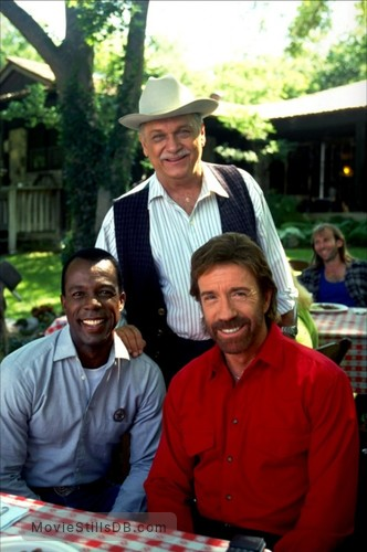 Walker, Texas Ranger - Behind the scenes photo of Chuck Norris, Clarence Gilyard Jr. & Noble Willingham