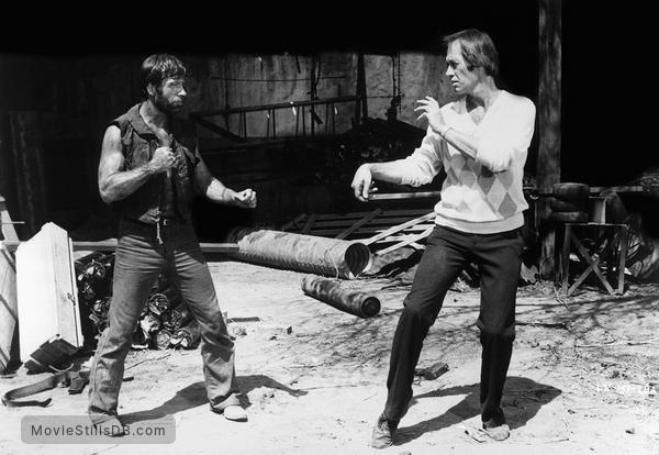 Lone Wolf McQuade - Publicity still of Chuck Norris & David Carradine