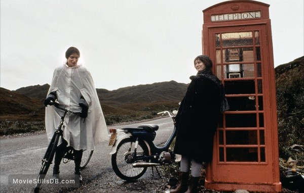 Breaking the Waves - Publicity still of Emily Watson ...