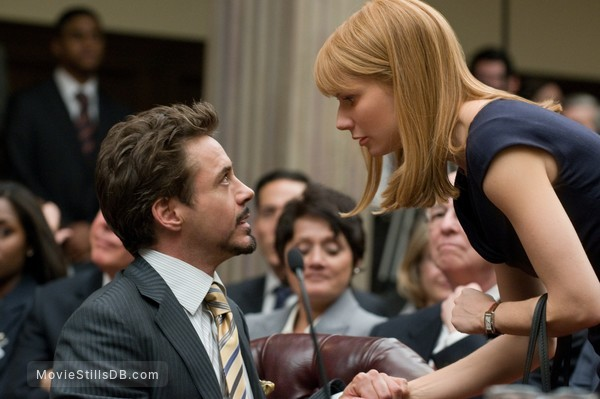 Iron Man 2 - Publicity still of Robert Downey Jr. & Gwyneth Paltrow
