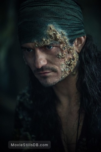 Pirates of the Caribbean: Dead Men Tell No Tales - Publicity still of Orlando Bloom