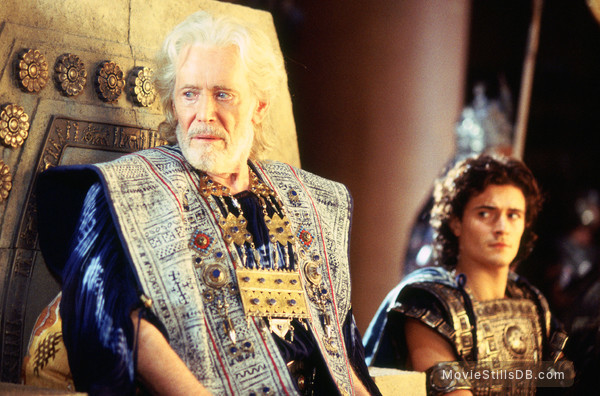 Troy - Publicity still of Orlando Bloom & Peter O'Toole