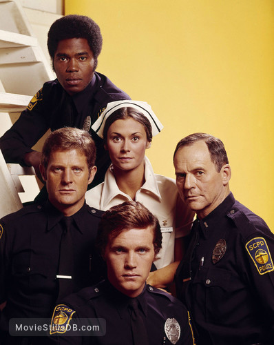 The Rookies - Promo shot of Kate Jackson, Sam Melville, Georg Stanford Brown & Gerald S Oloughlin