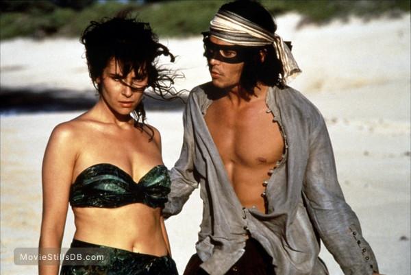 Don Juan DeMarco - Publicity still of Johnny Depp & Rachel Ticotin