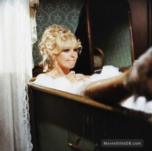 Remarkable, Kim novak great bank robbery