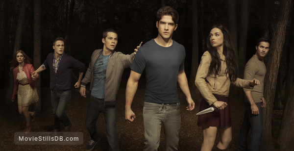 Teen Wolf - Promo shot of Tyler Posey, Dylan O'Brien, Crystal Reed, Holland Roden, Colton Haynes & Tyler Hoechlin
