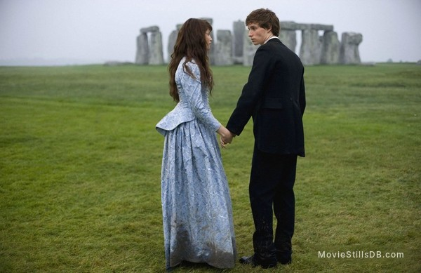 Tess of the D'Urbervilles - Publicity still of Gemma Arterton & Eddie Redmayne