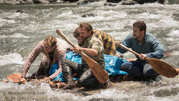 Jungle - Publicity still of Daniel Radcliffe, Alex Russell, Joel Jackson & Thomas Kretschmann