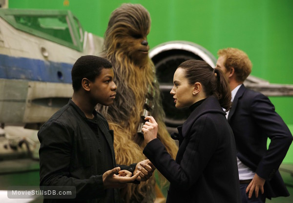 Star Wars: The Force Awakens - Behind the scenes photo of Daisy Ridley, John Boyega & Prince Harry