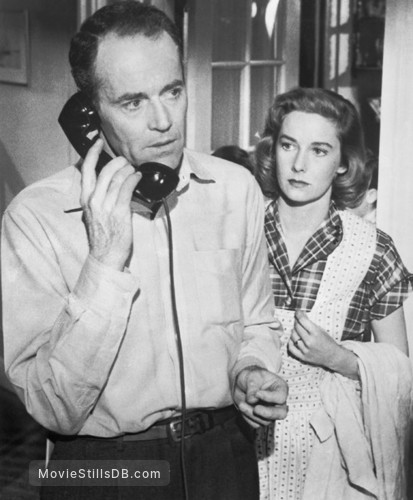The Wrong Man - Publicity still of Henry Fonda & Vera Miles