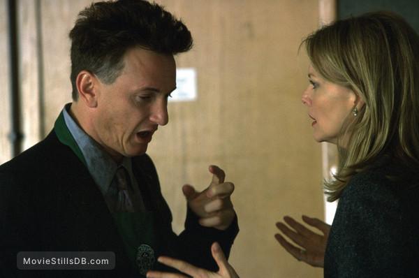 I Am Sam - Publicity still of Sean Penn & Michelle Pfeiffer