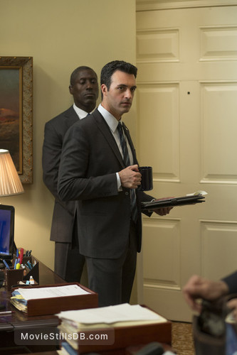 Veep - Publicity still of Reid Scott