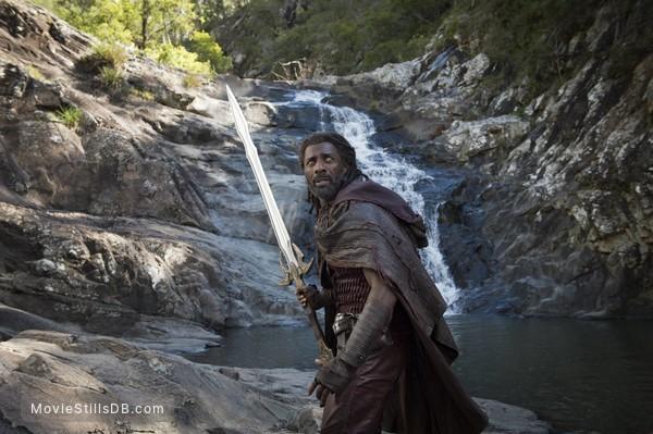 Thor: Ragnarok - Publicity still of Idris Elba