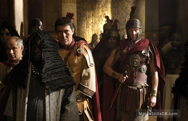 Rome - Publicity still of Nicholas Woodeson, Ciarán Hinds & Kevin McKidd