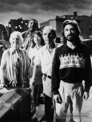 *batteries not included - Publicity still of Elizabeth Peña, Jessica Tandy, Hume Cronyn, Frank McRae & Dennis Boutsikaris