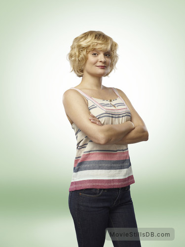 Raising Hope - Promo shot of Martha Plimpton