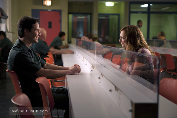 Henry's Crime - Publicity still of Keanu Reeves & Judy Greer