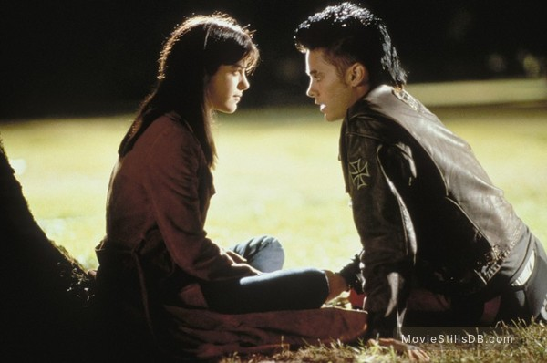 Highway - Publicity still of Jared Leto & Selma Blair