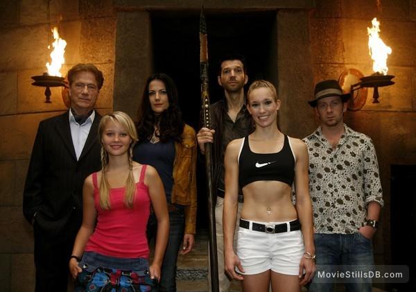 Die Jagd nach der heiligen Lanze - Promo shot of Jürgen Prochnow, Bettina Zimmermann, Fabian Busch, Kai Wiesinger, Sonja Gerhardt & Christine Theiss