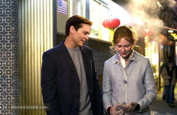 Spider-Man 2 - Publicity still of Kirsten Dunst & Tobey Maguire