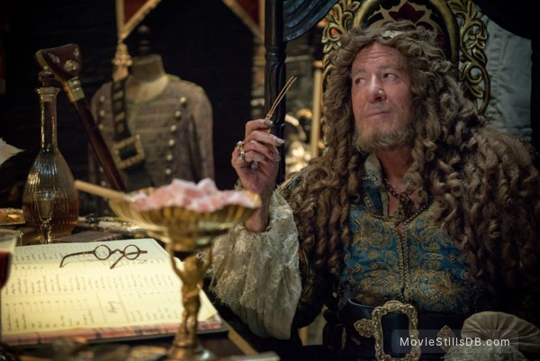 Pirates of the Caribbean: Dead Men Tell No Tales - Publicity still of Geoffrey Rush