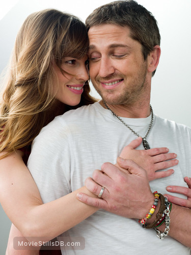 P.S. I Love You - Promo shot of Gerard Butler & Hilary Swank