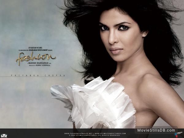 Fashion Wallpaper With Priyanka Chopra