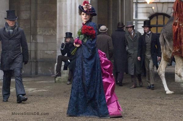 Sherlock Holmes - Publicity still of Rachel McAdams