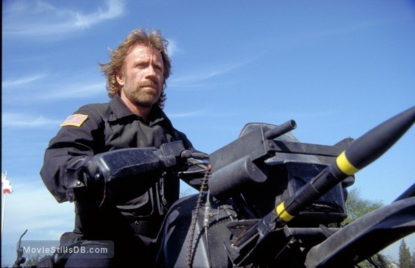 The Delta Force - Publicity still of Chuck Norris
