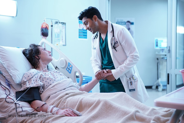 'The Resident' season 2 premiere. Devon talking to a patient, the preemie twins mom.