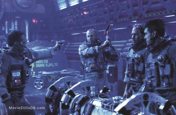 Armageddon - Publicity still of Bruce Willis, Will Patton & William Fichtner