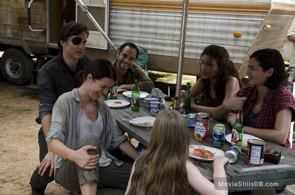 The Walking Dead - Publicity still of David Morrissey, Jose Pablo Cantillo, Juliana Harkavy, Alanna Masterson & Audrey Marie Anderson