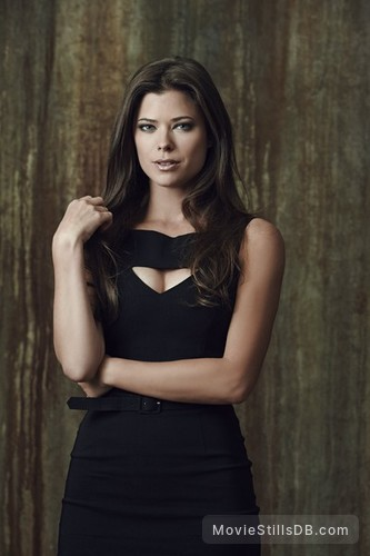 The Tomorrow People - Promo shot of Peyton List