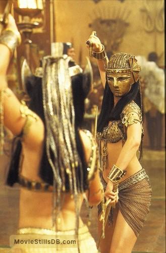 The Mummy Returns Publicity Still Of Patricia Vel 225 Squez
