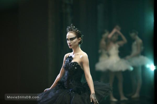 Black Swan - Publicity still of Natalie Portman