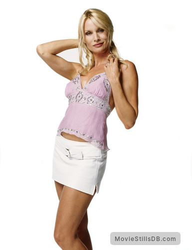 Desperate Housewives - Promo shot of Nicollette Sheridan