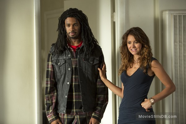 Let's Be Cops - Publicity still of Nina Dobrev & Damon Wayans Jr.