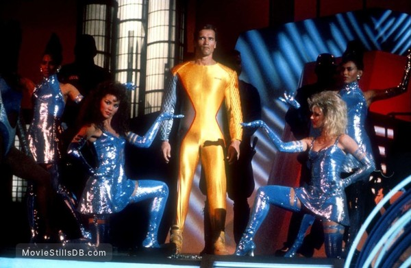 The Running Man - Publicity still of Arnold Schwarzenegger